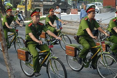 Cảnh sát khu vực Huế sẽ tuần tra bằng xe đạp - ảnh 4