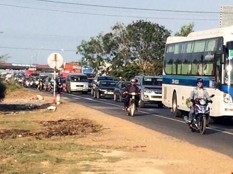 Trưa nay tạm dừng thu phí Trạm Sông Phan trên QL1 - ảnh 2