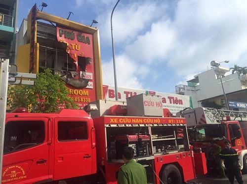 Đã xác định danh tính 4 người thiệt mạng trong vụ cháy - ảnh 6