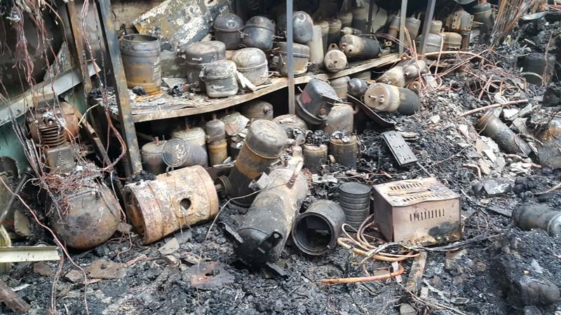 Cháy nổ ở Biên Hòa làm 4 người trong gia đình tử vong  - ảnh 4