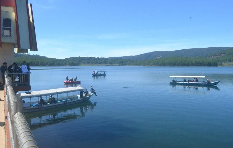 Thủ môn đội Lâm Đồng đuối nước ở hồ Tuyền Lâm - ảnh 1