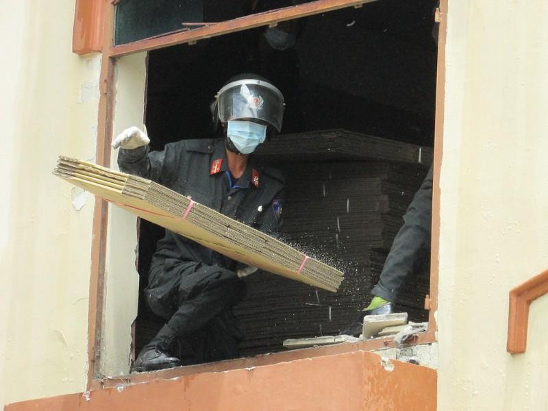 Thủ tướng yêu cầu điều tra vụ cháy ở Cần Thơ - ảnh 4