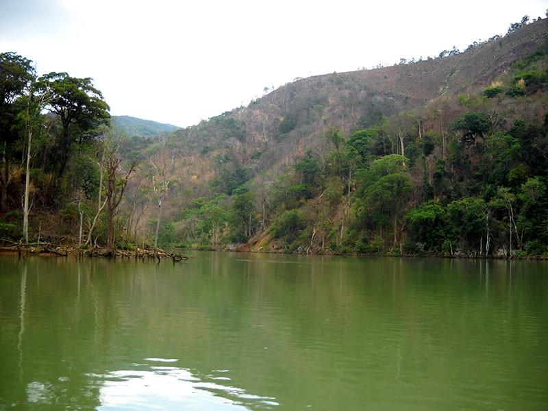 Thương tâm: 4 nữ sinh chết đuối trên sông Sê San - ảnh 1