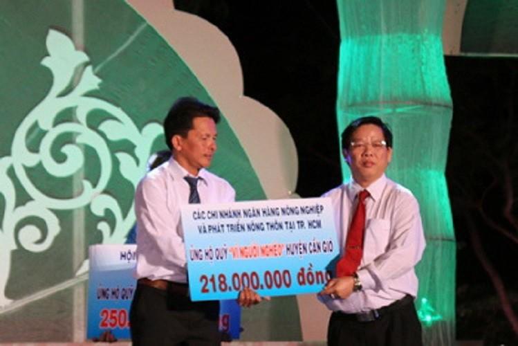 Agribank chung tay giúp đỡ người nghèo huyện Cần Giờ - ảnh 1