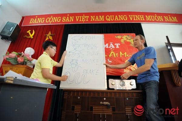 Lớp tiếng Anh miễn phí của cựu binh Mỹ tại Hà Nội - ảnh 3