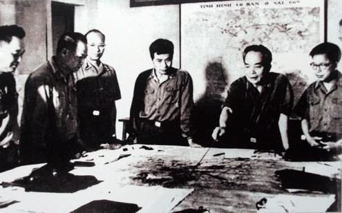 """Đại tướng Võ Nguyên Giáp và bức điện lịch sử """"Thần tốc, thần tốc hơn nữa…"""" - ảnh 2"""
