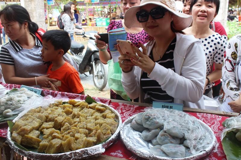 Về miền Tây thưởng thức hàng trăm loại bánh dân gian và món ăn đặc sản  - ảnh 7