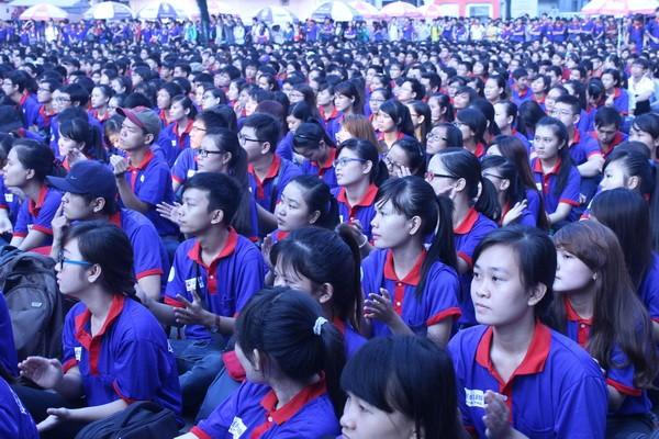 9.000 sinh viên ra quân tiếp sức mùa thi  - ảnh 1