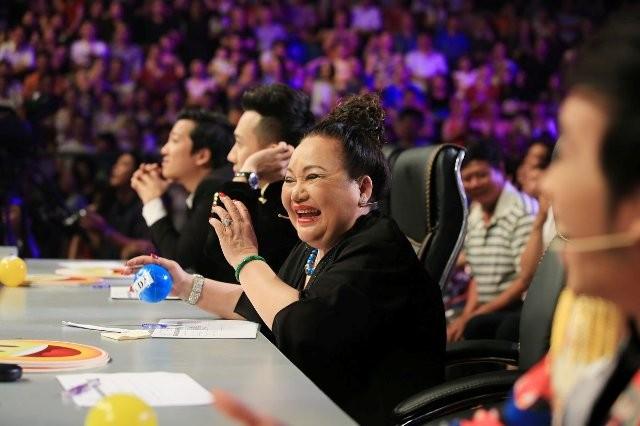 Bị chỉ trích vì kết quả 'Cười xuyên Việt': Nghệ sĩ Ngọc Giàu trần tình - ảnh 2