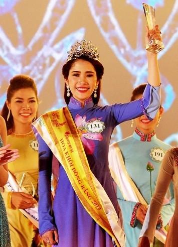 Nguyễn Thị Lê Nam Em đăng quang hoa khôi ĐBSCL 2015 - ảnh 2