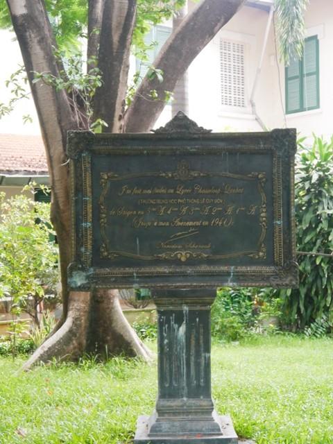 Độc đáo những ngôi trường trăm tuổi ở Sài Gòn - ảnh 9