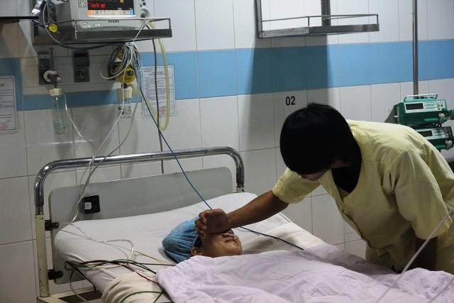 Mổ bắt con thành công cho cô gái bị ung thư máu - ảnh 2