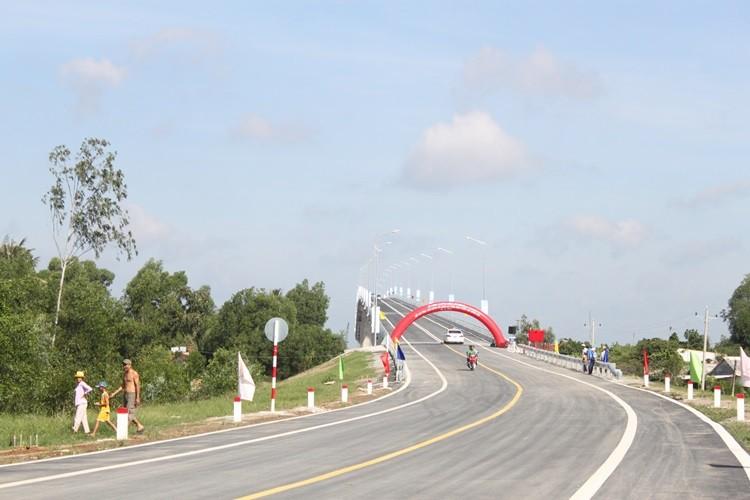 Thông xe cầu Mỹ Lợi: Rút ngắn 75km từ Tiền Giang đến TP.HCM - ảnh 3