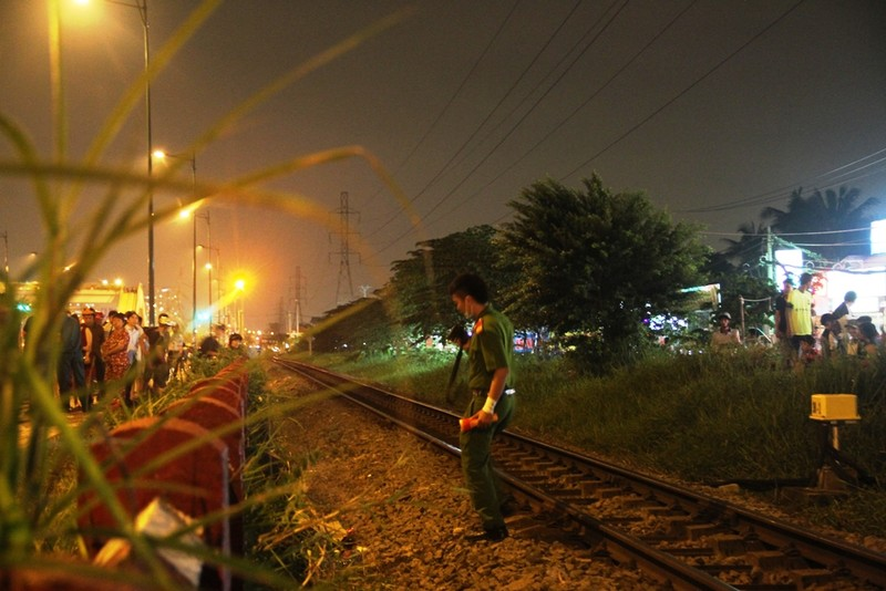 Băng qua đường bị tàu lửa tông tử vong  - ảnh 1