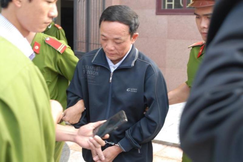Nhà ngoại cảm dỏm 'cậu' Thủy đối diện mức án tù chung thân - ảnh 2