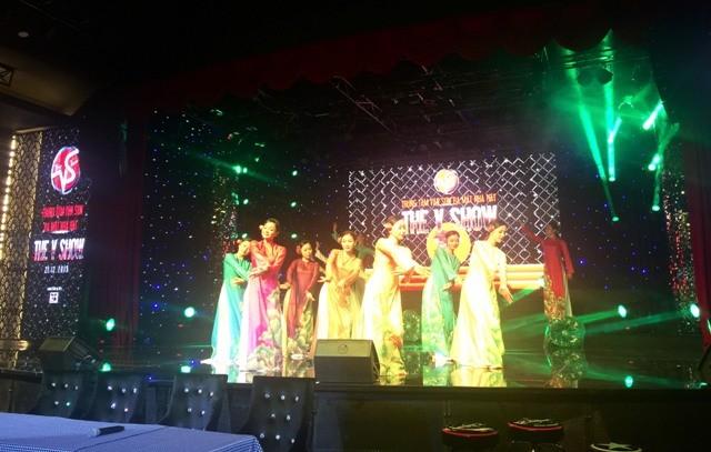 Vân Sơn mở nhà hát tại TP.HCM - ảnh 2