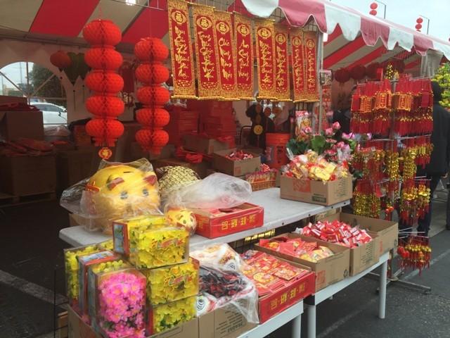 Chợ hoa 'rất Việt Nam' ngay trên đất Mỹ - ảnh 3