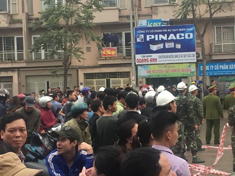 Toàn cảnh vụ nổ kinh hoàng ở Văn Phú - Hà Đông - ảnh 18