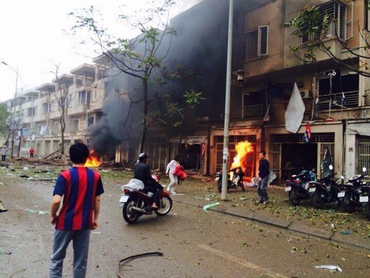 Toàn cảnh vụ nổ kinh hoàng ở Văn Phú - Hà Đông - ảnh 4