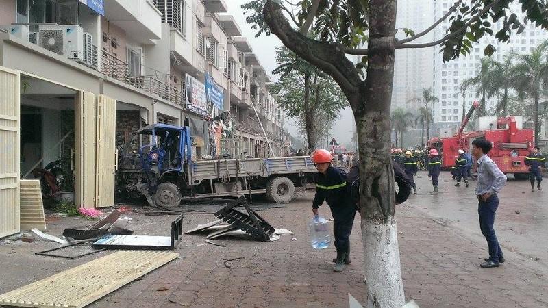 Toàn cảnh vụ nổ kinh hoàng ở Văn Phú - Hà Đông - ảnh 7