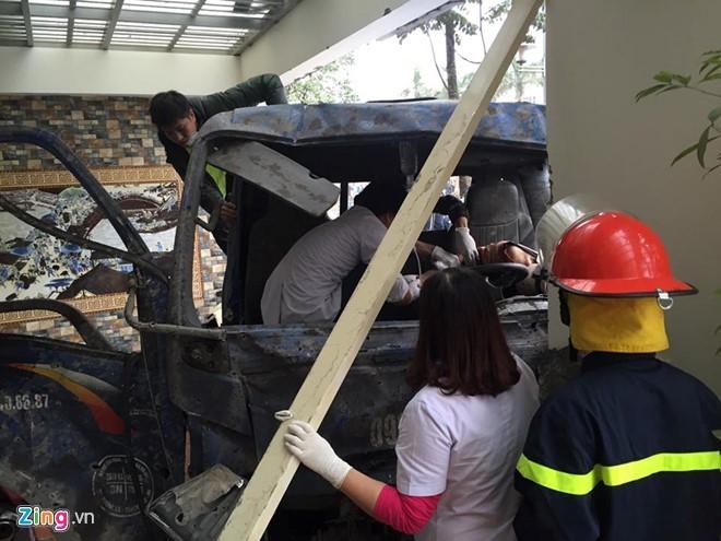 Toàn cảnh vụ nổ kinh hoàng ở Văn Phú - Hà Đông - ảnh 8