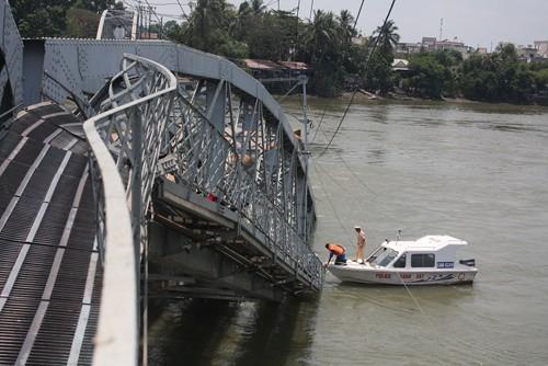 Mất ít nhất từ 3-5 tháng mới khắc phục xong vụ sập cầu Ghềnh  - ảnh 11