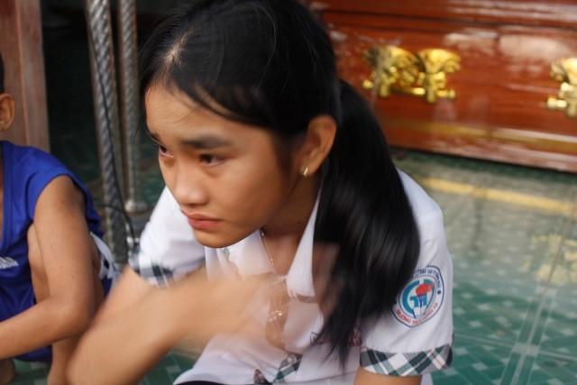 9 học sinh chết đuối: Tang thương bên sông Trà Khúc  - ảnh 5