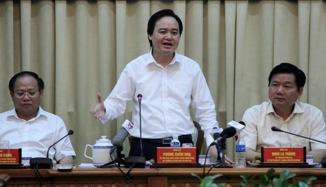 Bộ trưởng Phùng Xuân Nhạ phản hồi 8 kiến nghị lớn của TP.HCM - ảnh 1