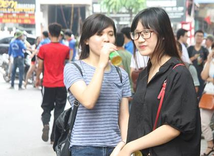 Môn ngữ văn: Đình chỉ 10 thí sinh vi phạm quy chế thi - ảnh 1