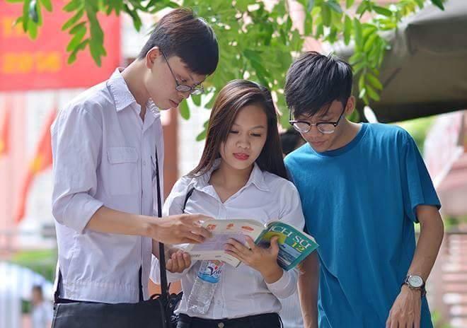 Bộ GD- ĐT công bố đáp án các môn thi THPT quốc gia 2016  - ảnh 1
