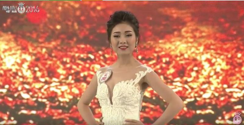 Trực tiếp: Đỗ Mỹ Linh đăng quang Hoa hậu Việt Nam 2016 - ảnh 33