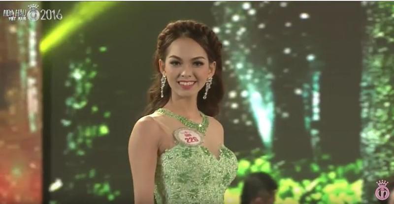Trực tiếp: Đỗ Mỹ Linh đăng quang Hoa hậu Việt Nam 2016 - ảnh 31