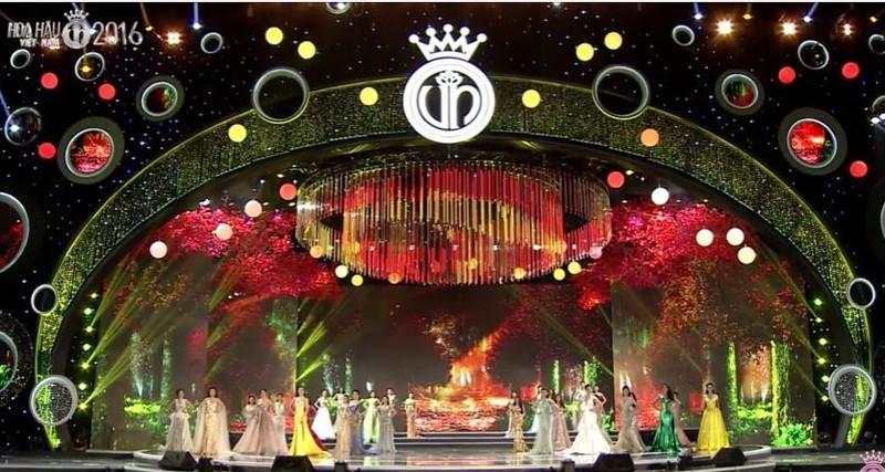 Trực tiếp: Đỗ Mỹ Linh đăng quang Hoa hậu Việt Nam 2016 - ảnh 29