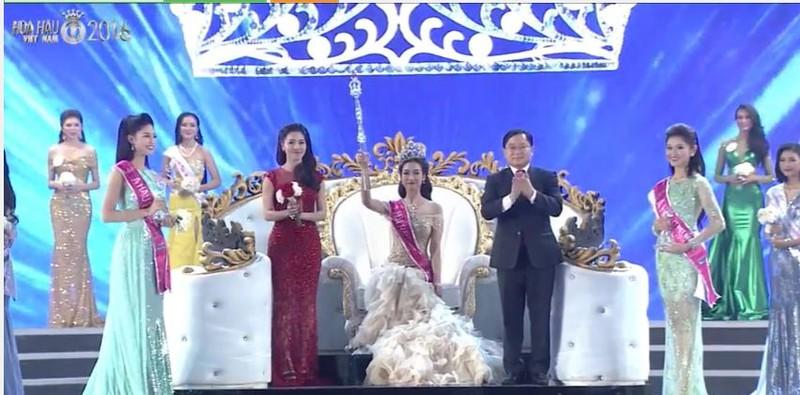 Trực tiếp: Đỗ Mỹ Linh đăng quang Hoa hậu Việt Nam 2016 - ảnh 7