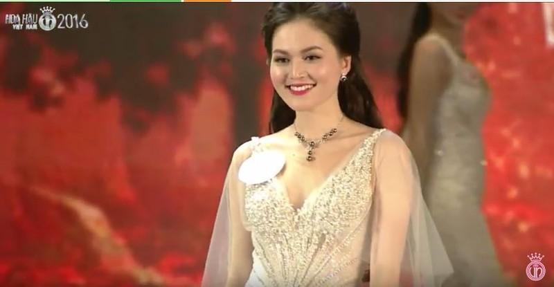 Trực tiếp: Đỗ Mỹ Linh đăng quang Hoa hậu Việt Nam 2016 - ảnh 47
