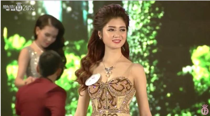 Trực tiếp: Đỗ Mỹ Linh đăng quang Hoa hậu Việt Nam 2016 - ảnh 48