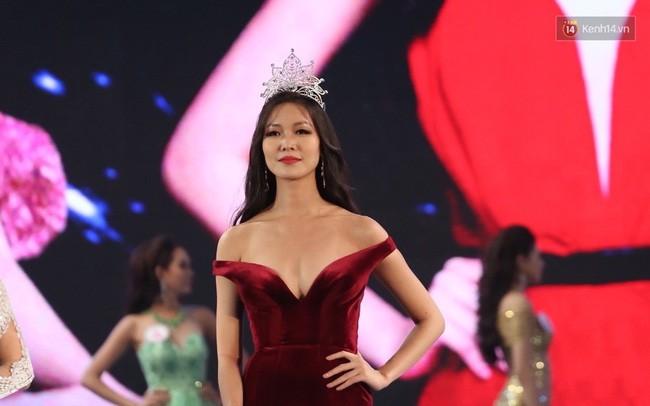 Lần đầu tiên, cả 6 Hoa hậu Việt Nam cùng tề tựu và khoe sắc trên 1 sân khấu! - Ảnh 4.