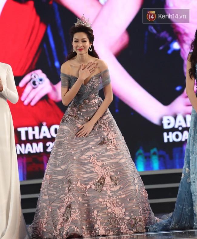 Lần đầu tiên, cả 6 Hoa hậu Việt Nam cùng tề tựu và khoe sắc trên 1 sân khấu! - Ảnh 6.