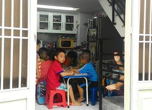 Không dạy ở trường, giáo viên cũng không được dạy thêm ở nhà (Ảnh minh họa: Hoài Nam)