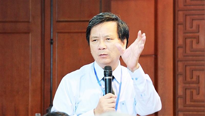 TS Đoàn Lê Giang lên tiếng về tranh luận 'dạy chữ Hán cho học sinh' - ảnh 1