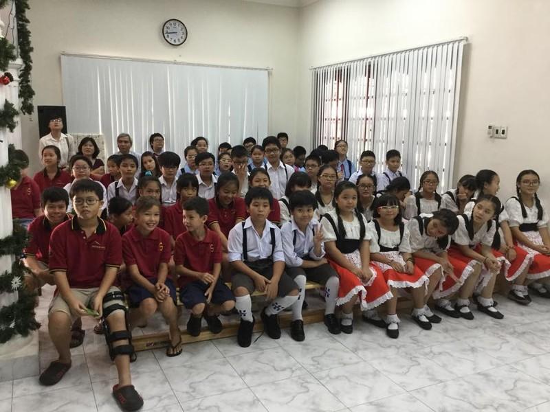 Bộ GD- ĐT phản hồi về việc dạy tiếng Trung, tiếng Nga  - ảnh 1