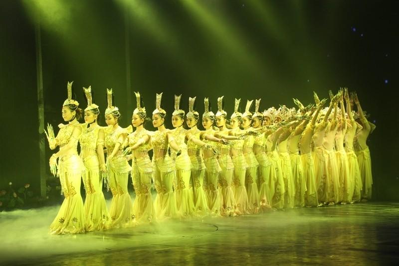 Bất ngờ với nhà hát dân gian của một Việt kiều - ảnh 12