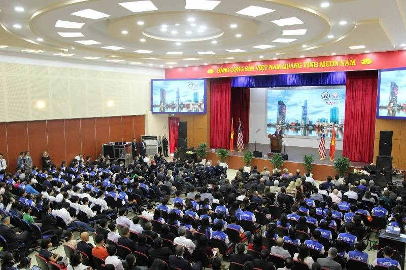 Ngoại trưởng Mỹ nói chuyện cùng thủ lĩnh trẻ Đông Nam Á - ảnh 3