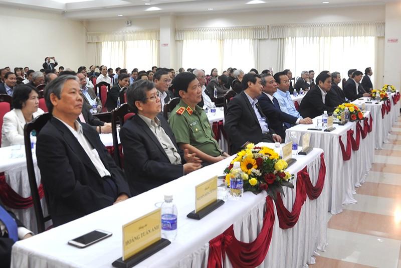 Thủ tướng gặp mặt nguyên lãnh đạo miền Trung  - ảnh 1