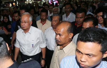 Máy bay Malaysia mất tích bí ẩn: Không loại trừ do khủng bố - ảnh 2