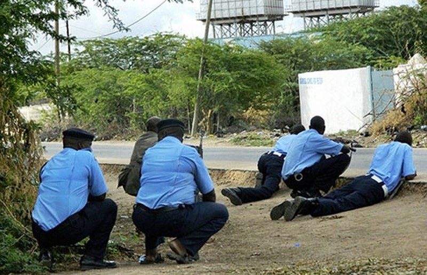 Khủng bố Somalia tấn công đại học Kenya - ảnh 1