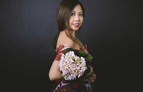 Cô gái Việt mét rưỡi ấn tượng trên sân khấu Mỹ - ảnh 1