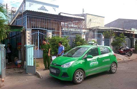 Cả trăm cảnh sát truy bắt kẻ cướp taxi - ảnh 1