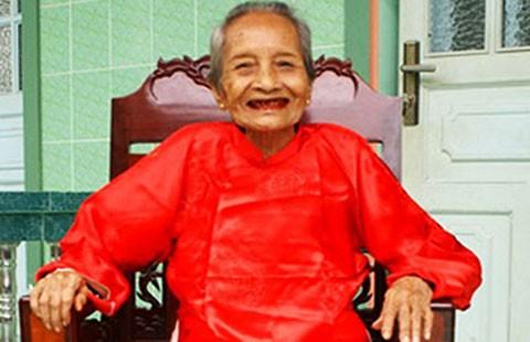 Việt Nam có cụ bà cao tuổi nhất thế giới - ảnh 1