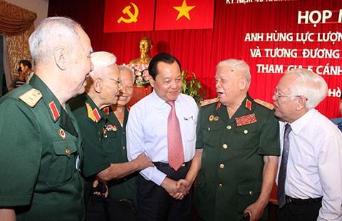 Họp mặt nhân chứng tham gia Chiến dịch Hồ Chí Minh - ảnh 1